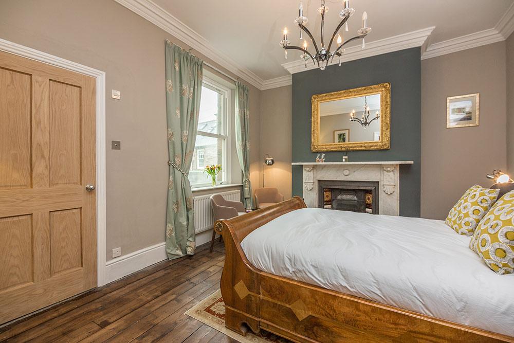 st valery bedroom