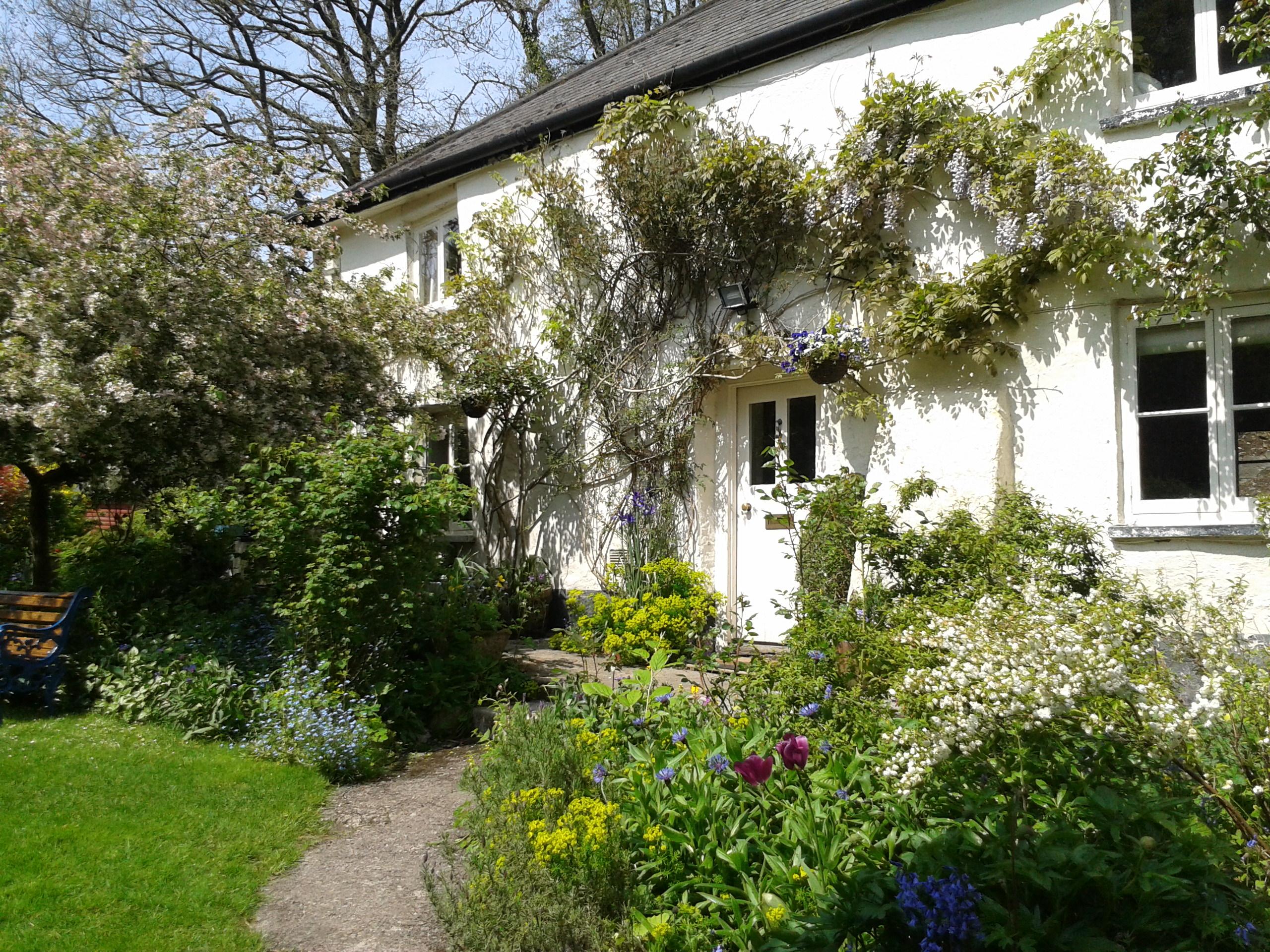 tracebridge cottage