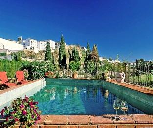 Hotel Alavera De Los Banos Pool View