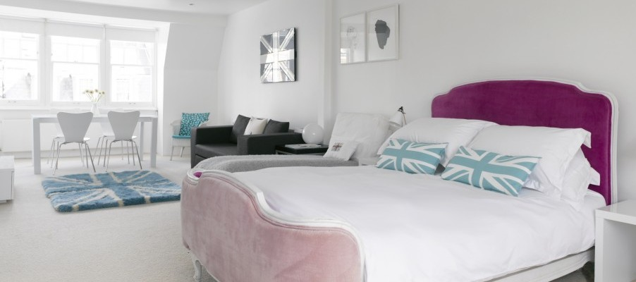 Black and white apartments London bedroom