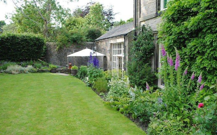 no 3 settle garden