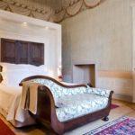palazzo bedroom