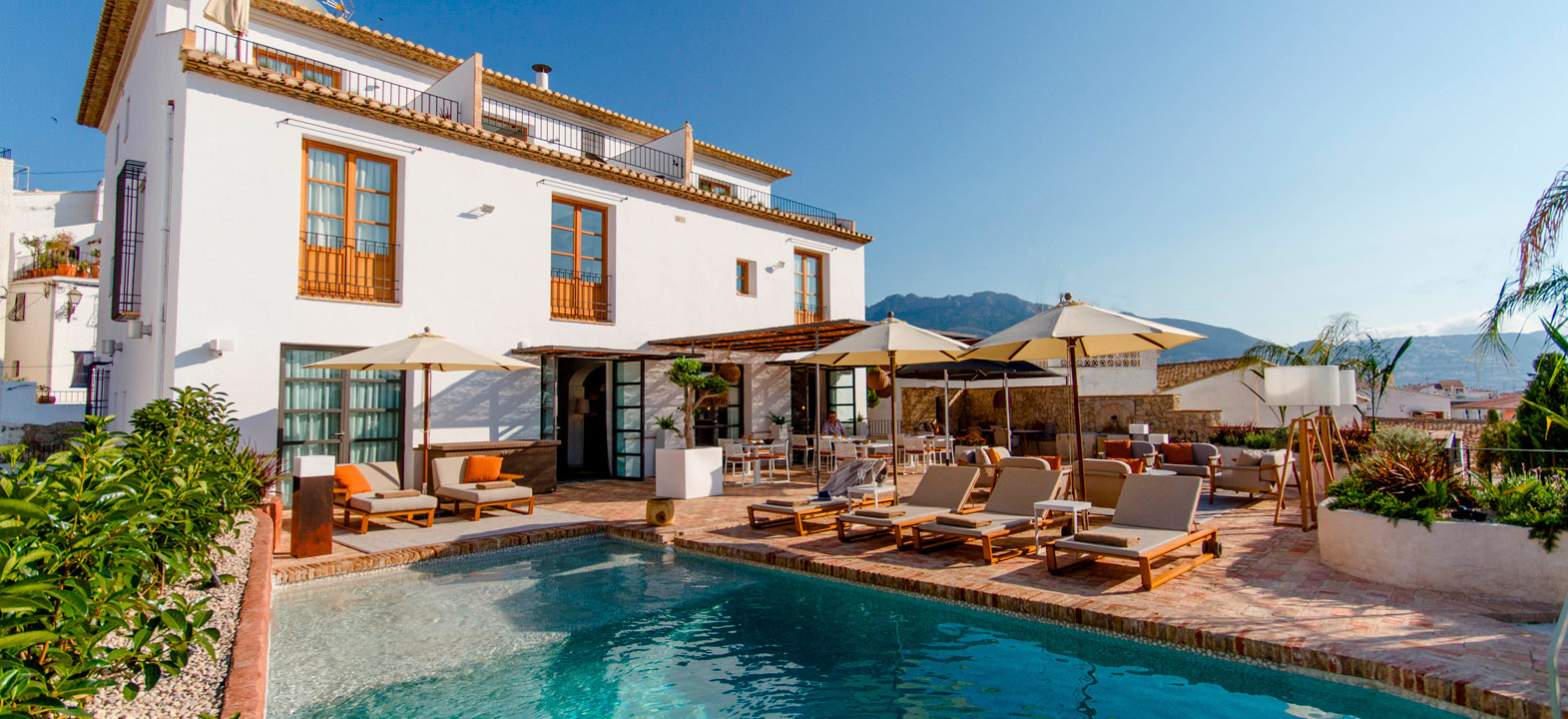 hotel la serena pool