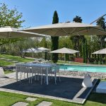 villa chic pool view