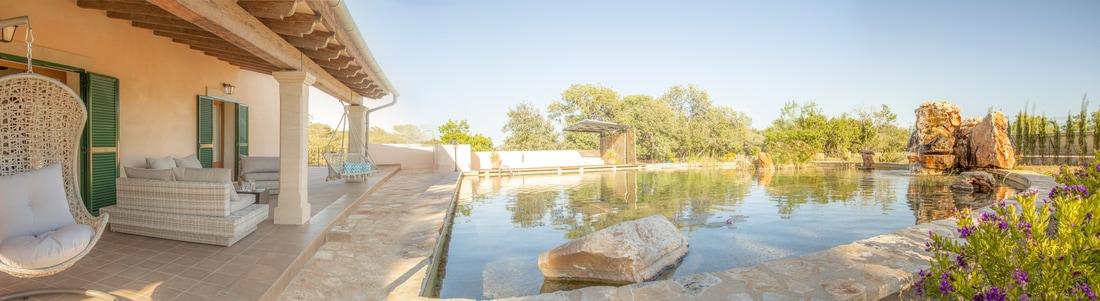 na clavet pool view