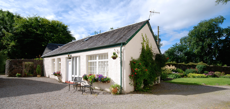 rose cottage outside view