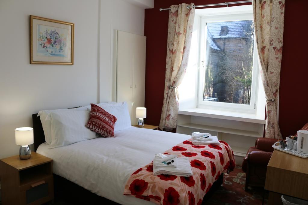 saint peters lodge bedroom
