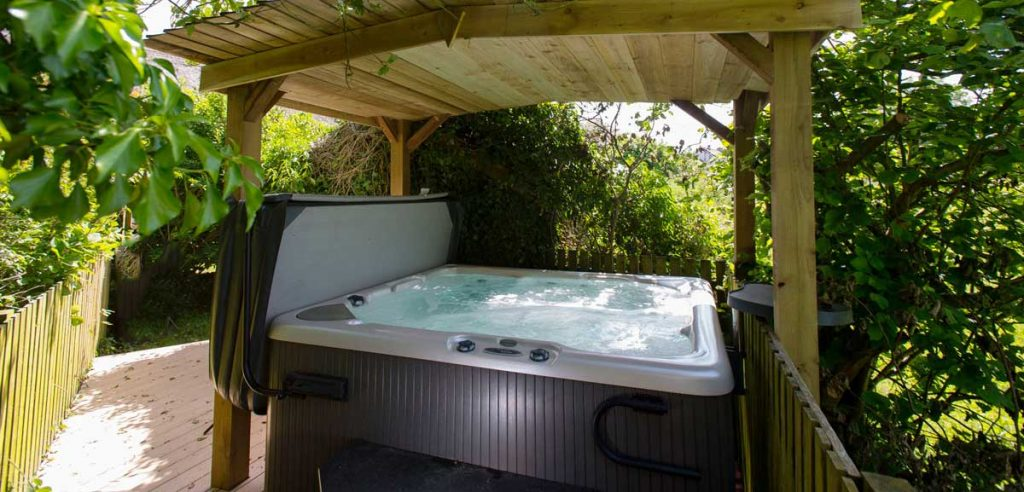 little owl hot tub