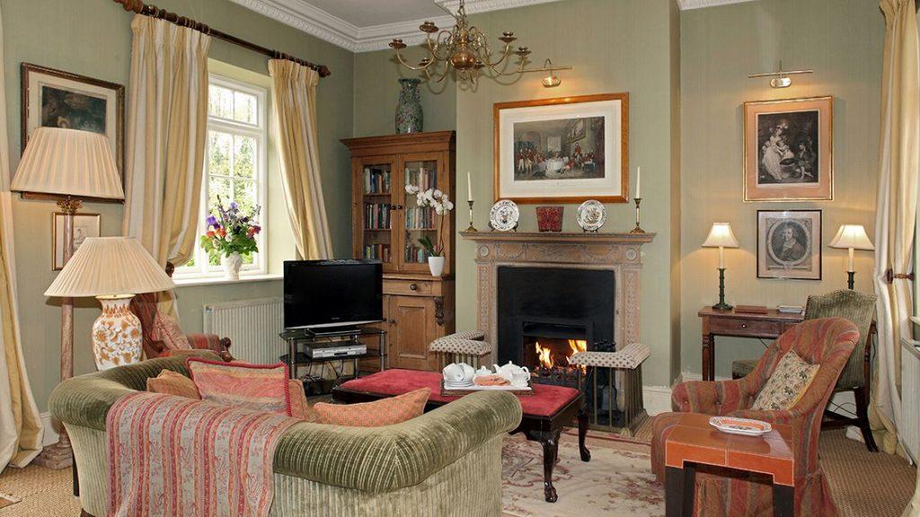 sandown cottage living area