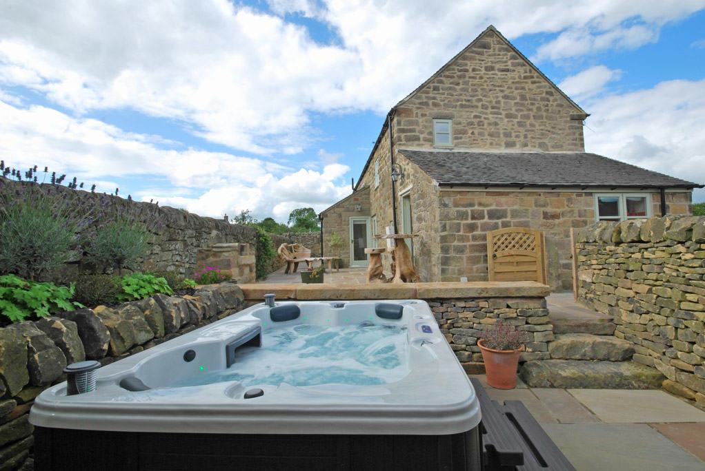 heather cottage hot tub