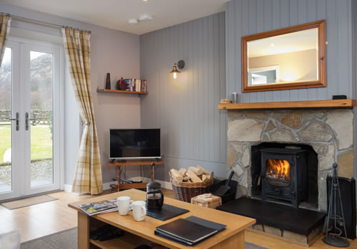 highland holiday cottages living area