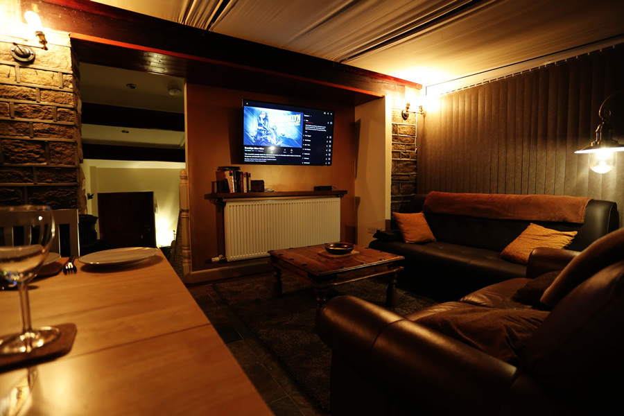 delf nook lounge